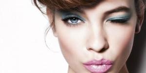 Как красиво накрасить глаза?