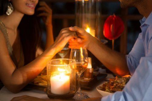 Романтический ужин — отличный способ попросить прощения у мужа